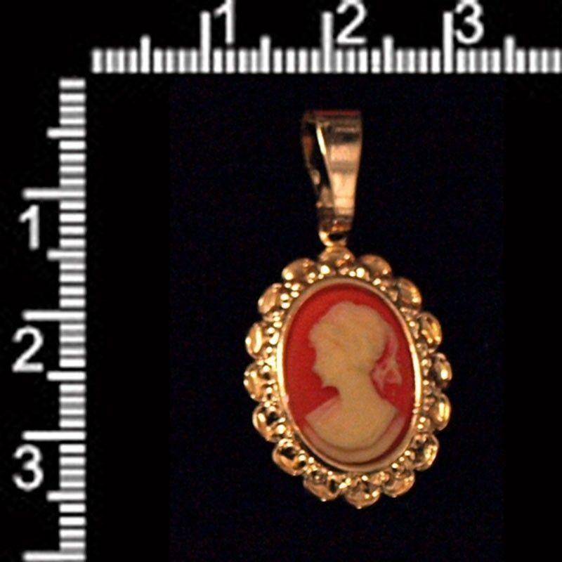 Colgante camafeo 2821, carneol, oro.