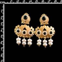 Barquillos 268, esmeralda, oro.