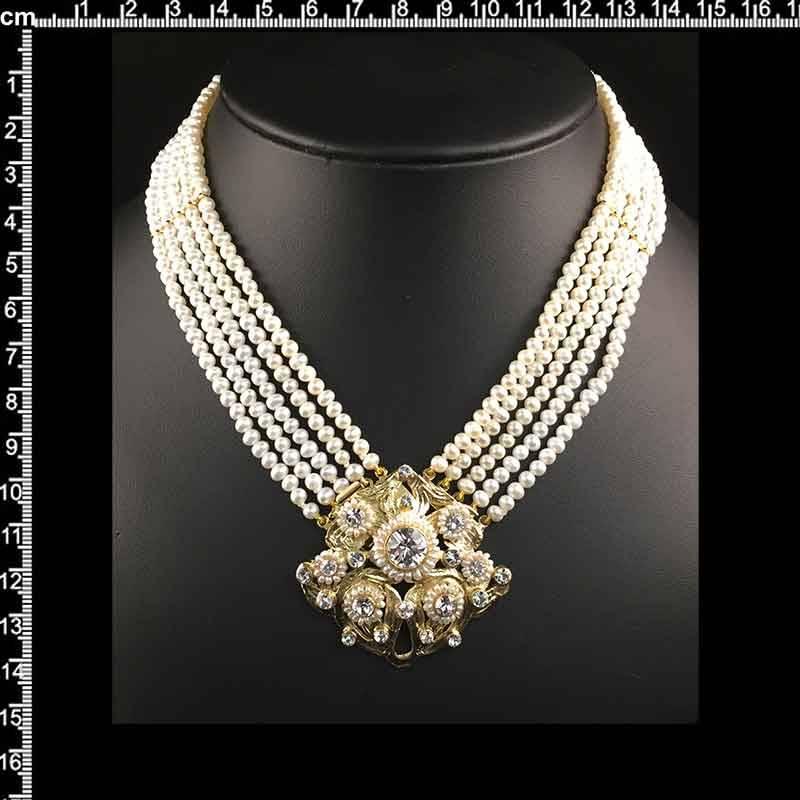 Collar 208, 5 vueltas, perla cultivada, cristal, oro.