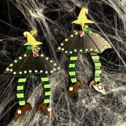 Pendientes paraguas brujas verde