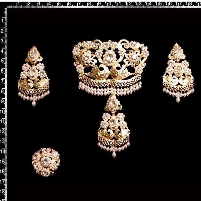 Aderezo de valenciana 948, cristal, oro.