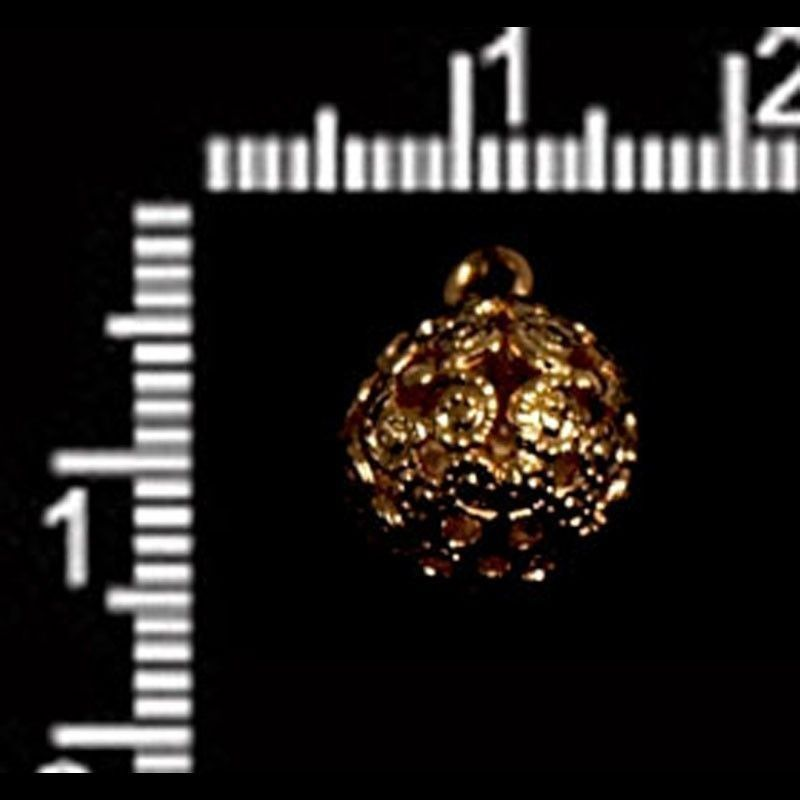Botón F/13, oro.