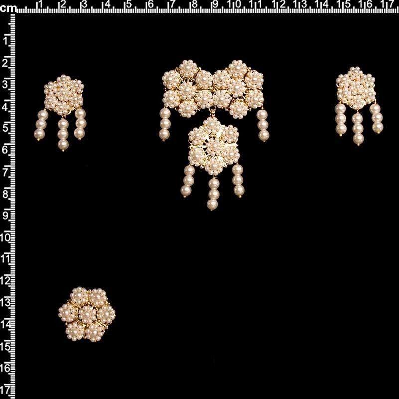 Aderezo 9104, polcas, perla imitación, oro.