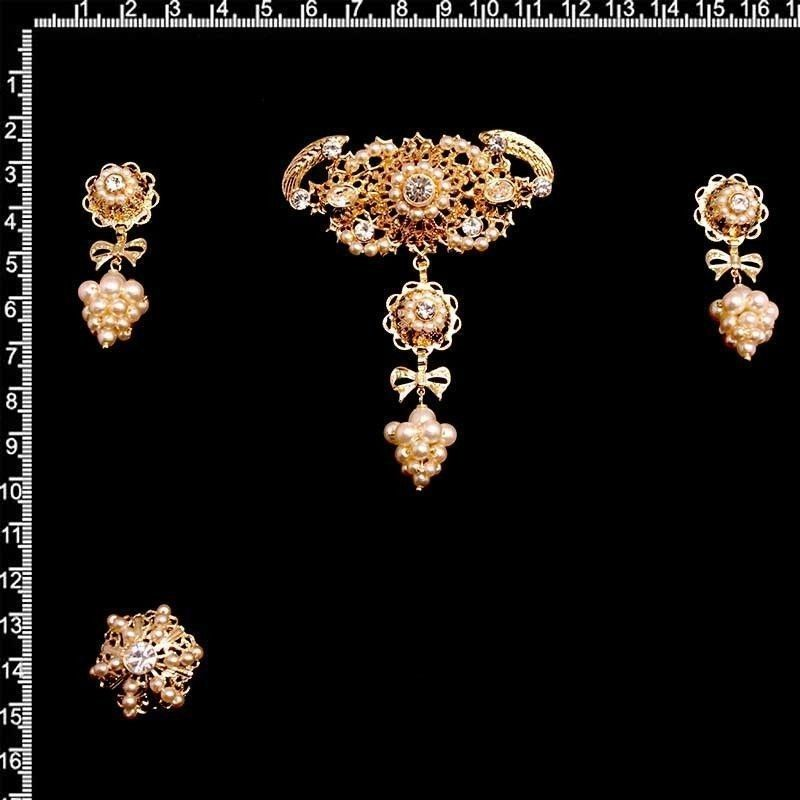 Aderezo de valenciana 6016, cristal, oro.