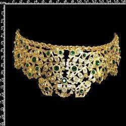 Peineta castellonera 902, esmeralda-cristal, oro.