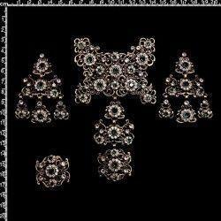 Aderezo de valenciana 2104, esmeralda-cristal, latón óxido.