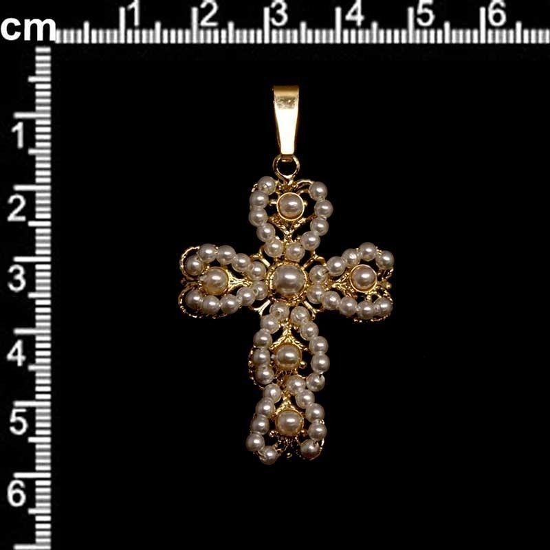 Cruz 113, perla, oro.