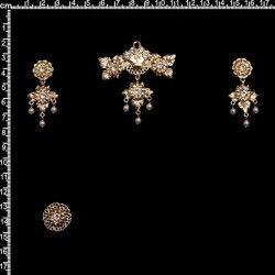 Aderezo de valenciana 2006, cristal, oro.
