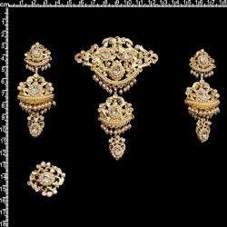 Aderezo de valenciana 211, cristal, oro.