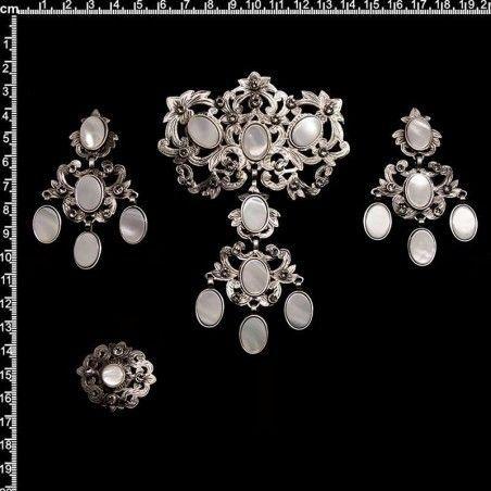 Aderezo 130, nácar, black diamond, plata óxido.