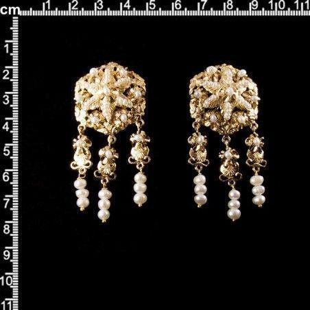 Juego de pendientes 923, de polcas, perla natural, oro.