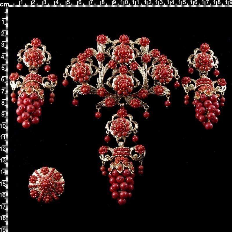 Aderezo de valenciana 810, racimo, coral imitación, oro.