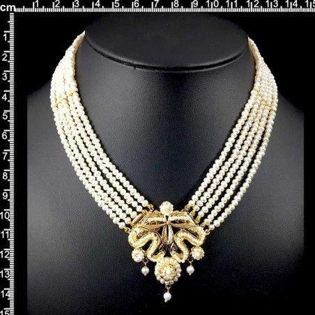 Collar 926, 1 centro, 5 vueltas, oro, perla natural.