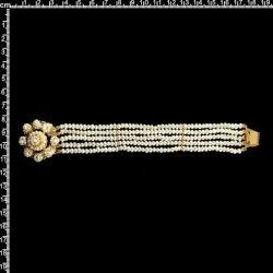 Pulsera 926, 5 vueltas, perla natural, oro.